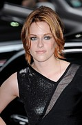 Bobbed Hair Framed Prints - Kristen Stewart, Visits The Late Show Framed Print by Everett