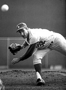 Crouching Prints - L.a. Dodgers Pitcher Sandy Koufax, 1965 Print by Everett