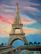 Parc Paintings - La Tour Eiffel a Sunrise by Spencer Hudon II