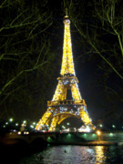 Tour Eiffel Photo Posters - La Tour Eiffel En Nuit Poster by Al Bourassa