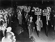 History Photos - Labor Union Members Protesting by Everett