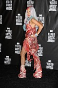 Full-length Portrait Prints - Lady Gaga In The Press Room For 2010 Print by Everett