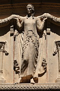 Palace Of Fine Arts Prints - Lady of The San Francisco Palace of Fine Arts - 5D18154 Print by Wingsdomain Art and Photography