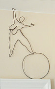 Wire Sculpture Sculptures - Lady With 1 Foot On The Ball   by Tommy  Urbans