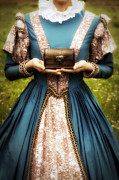 Elizabethan Posters - Lady With A Chest Poster by Joana Kruse