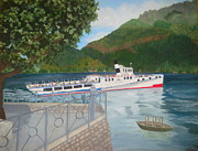 Lago Di Como Framed Prints - Lago di Como Ferry Framed Print by Linda Scott