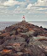 Duluth Art - Lake Superior Light House by Pam  Holdsworth