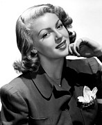 Pajamas Posters - Lana Turner, 1940s Poster by Everett