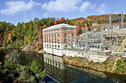 Susan Leggett Art - Large Dam in Autumn by Susan Leggett