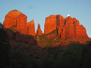  Cathedral Rock Prints - Last Light Print by Sandy Tracey