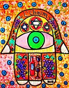 Hamas Paintings - LChaim Hamsa Wine by Sandra Silberzweig