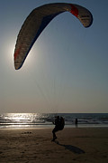 Serena Bowles - Learning to Paraglide...