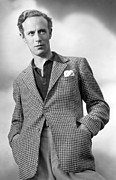 Pocket Square Prints - Leslie Howard Publicity Portrait Print by Everett