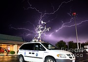 Violent Prints - Lightning, Nssl Mobile Mesonet Print by Science Source