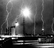 Lightning Bolts Prints - Lightning Print by Science Source