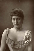 Sexy Photos - Lillie Langtry by Stefan Kuhn