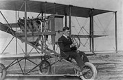 Bi Planes Photos - Lincoln J. Beachey 1887-1915 by Everett
