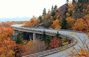 American Landmarks Art - Linn Cove Viaduct by Laurinda Bowling