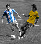 Lionel Messi Kicking Prints - Lionel Messi and Neymar Clash of the Titans at Metlife Stadium  Print by Lee Dos Santos