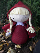 Girl Sculptures - Little Red Ridinghood by Leeanne Vavra
