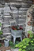 Wash Tub Photos - Log Cabin Garden Scene by Linda Phelps