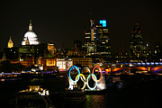 London Skyline Art - London 2012 Olympic Rings by Stuart Perkins