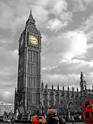 Selective Coloring Posters - London Poster by Roberto Alamino