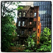 Midtown Art - #lost #manhattan #buildings #midtown by Radiofreebronx Rox