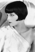 1920s Hairstyles Framed Prints - Louise Brooks, C. 1927 Framed Print by Everett