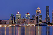 Matthew Winn Art - Louisville Skyline at Night by Matthew Winn