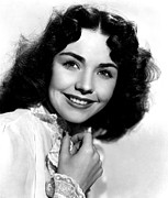 1945 Movies Photos - Love Letters, Jennifer Jones, 1945 by Everett