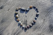 Love On The Rocks Print by Jane Linders