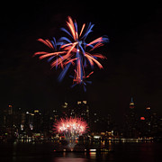 4th July Photo Prints - Macys Fireworks II Print by David Hahn