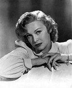 British Portraits Prints - Madeleine Carroll, 1906-1987, Photo 1943 Print by Everett