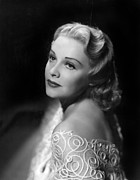 Madeleine Photos - Madeleine Carroll, Paramount Pictures by Everett
