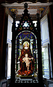 Vatican Framed Prints - Madonna And Child. Framed Print by Terence Davis