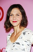 Maggie Framed Prints - Maggie Gyllenhaal At Arrivals For Zac Framed Print by Everett