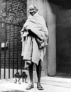 Gandhi Prints - Mahatma Gandhi In1931 Print by Everett