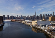 Urban Scenic Art - Manhattan from Greenpoint in Winter 2 by Robert Ullmann