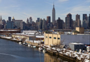 Urban Scenic Art - Manhattan from Greenpoint in Winter by Robert Ullmann