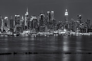 Landscapes Photo Prints - Manhattan Twilight VII Print by Clarence Holmes