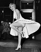 Grate Photo Metal Prints - Marilyn Monroe Metal Print by Granger
