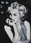 Marilyn Monroe Framed Prints - Marilyn Monroe Portrait Framed Print by Mikayla Henderson
