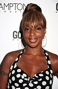 Topknot Art - Mary J. Blige At Arrivals For Candids - by Everett
