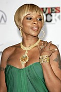 Gold Necklace Posters - Mary J. Blige At Arrivals For Movies Poster by Everett
