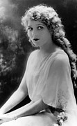 Ringlets Framed Prints - Mary Pickford, 1920s Framed Print by Everett
