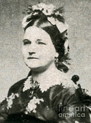 Bipolar Photo Posters - Mary Todd Lincoln, First Lady Poster by Photo Researchers
