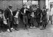 1916 Photos - MASSACHUSETTS: GANG, c1916 by Granger