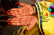 Photojournalism Prints - Mehendi Hands Print by Valerie Rosen