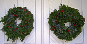 Patricia Taylor - Merry Christmas Door with Wreaths
